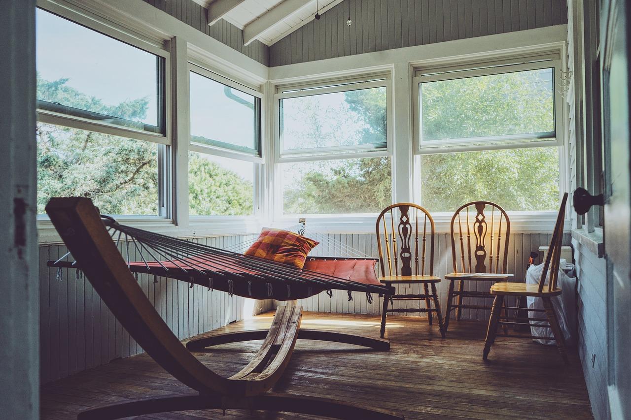 Pourquoi installer une maison en bois dans votre jardin ?